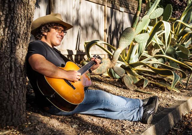 Sonoma Valley musician Adam Traum.