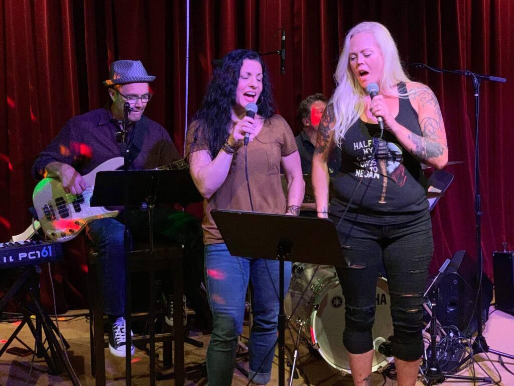 Live Band Karaoke at the Starling has become a phenomena in Sonoma since it was first introduced two years ago.