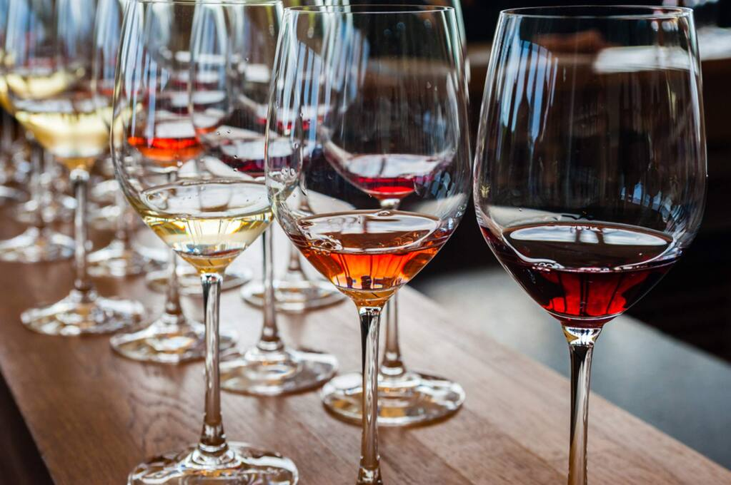 A wine tasting to celebrate the holidays while raising money in support of the Kincade Wildfire survivors will be held on Friday at eight Alexander Valley wineries.