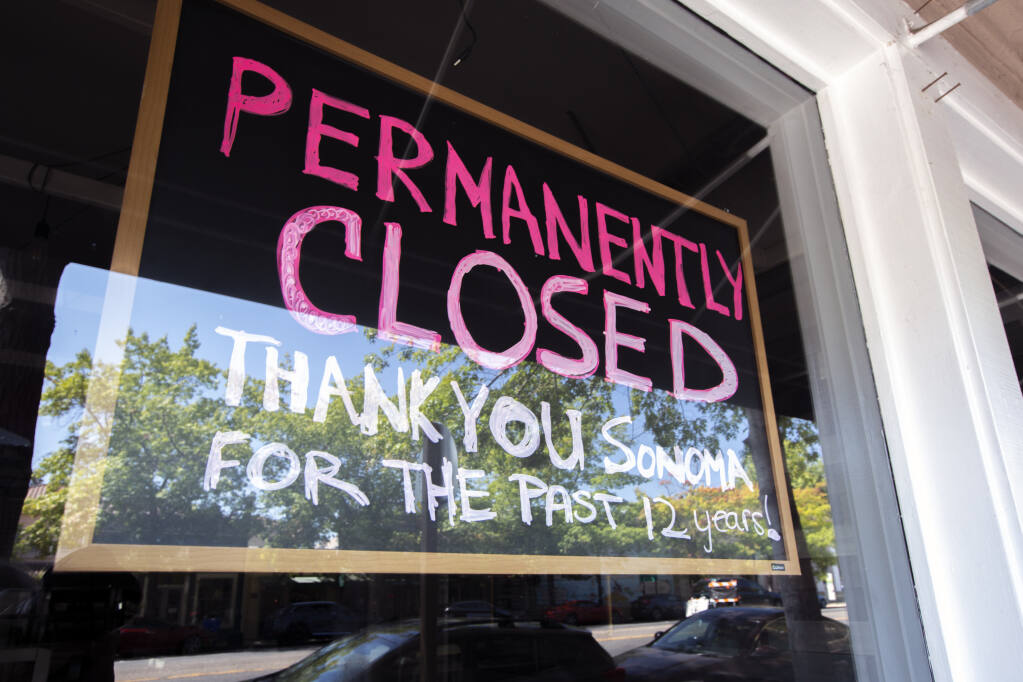 The Top That Frozen Yogurt shop on Broadway closed its doors permanently on Wednesday, Aug. 26, 2021. (Photo by Robbi Pengelly/Index-Tribune)
