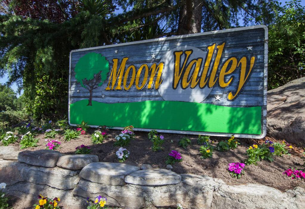 Robbi Pengelly/Index-/tribuneDe Aza Moon Valley is one of three mobile home parks in the city of Sonoma.