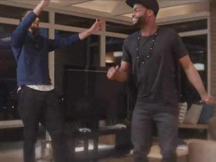 Stephen Curry and King Bach (WWW.YOUTUBE.COM)