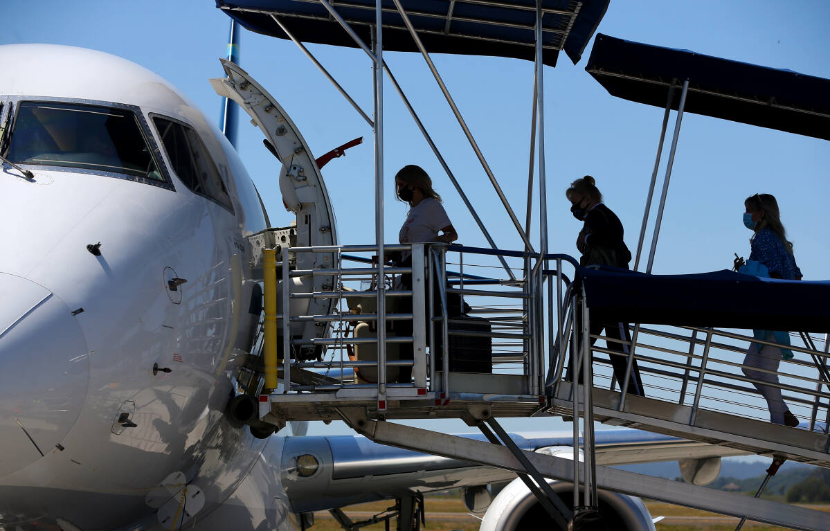 Alaska Airlines adding new flight from Sonoma County to Burbank, among additional service