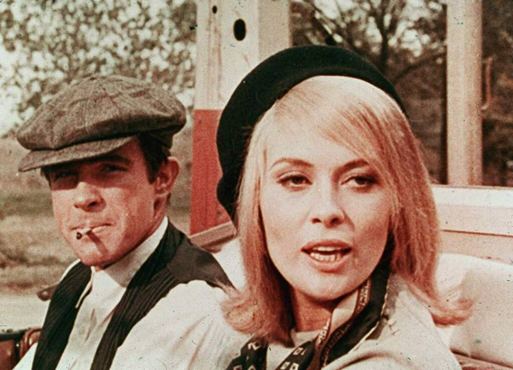 'Bonnie and Clyde': The 1967 crime drama based on the lives of Texas outlaws Clyde Barrow and Bonnie Parker became available on Netflix on Dec. 1. (IMDb)