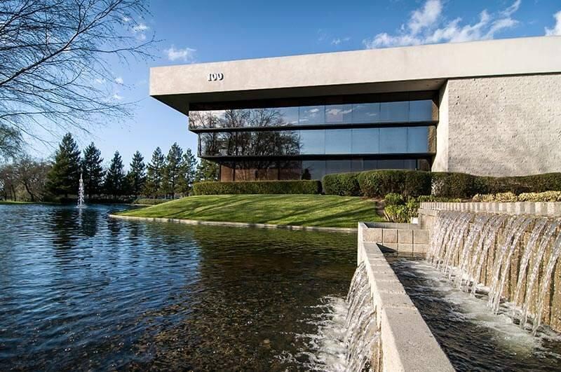 The 100 Stony Point Road office building in Santa Rosa is part of the Stony Point Lakes development Simons & Woodard developed. (SIMONSANDWOODARD.COM)