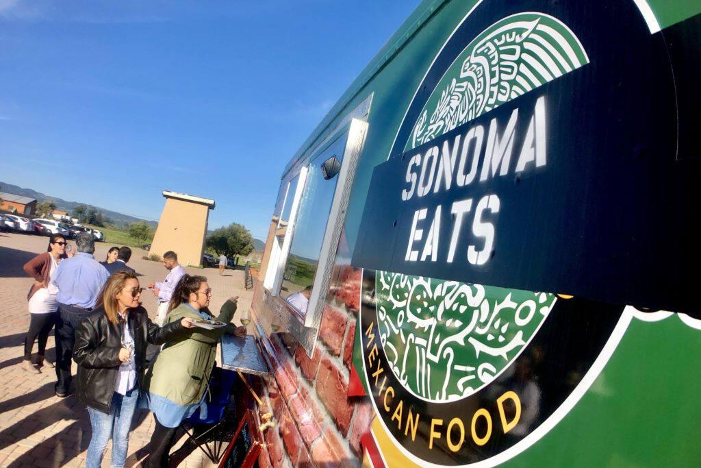 Food trucks are usually good for more affordable bites. (Ricardo Ibarra / La Prensa Sonoma)