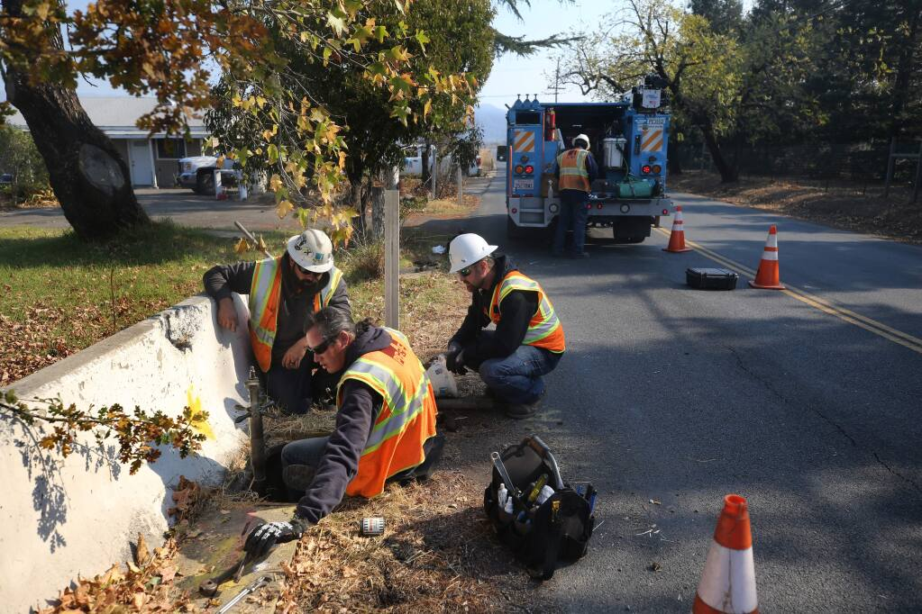PG&E crewman work to repair a gas line on Lytton Station Rd in Geyserville on Wednesday, October 30, 2019. (BETH SCHLANKER/ The Press Democrat)