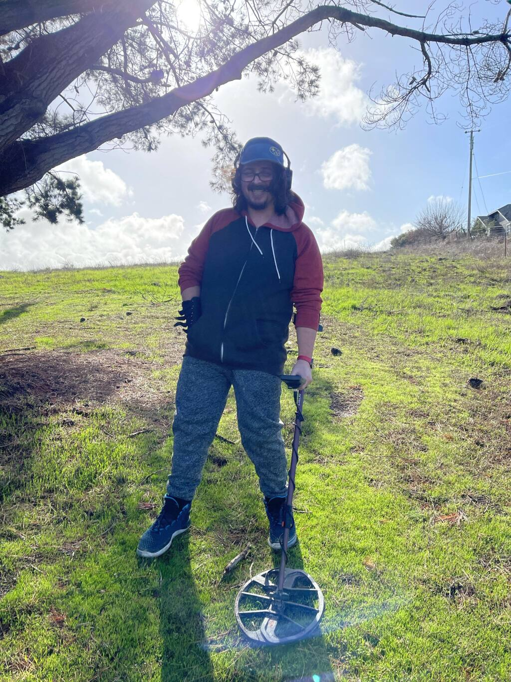 Petaluma's Woodrow Engle helps find lost rings and other valuables (Woodrow Engle)