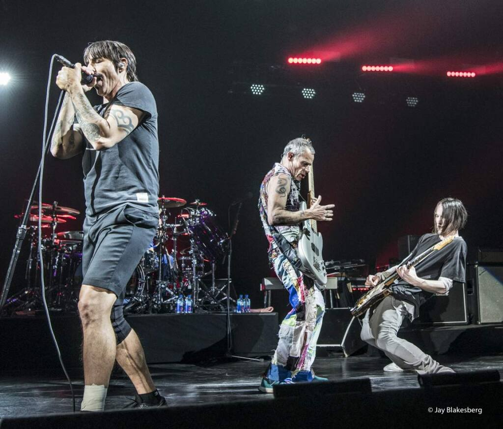 Red Hot Chili Peppers perform at the second Band Together benefit concert in San Francisco on Thursday, Dec. 14, 2017, which raised $4 million for North Bay fire relief. (Photo: ©Jay Blakesberg)