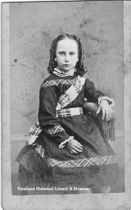 Unidentified girl in sausage curlsPHOTO BY GEORGE ROSS