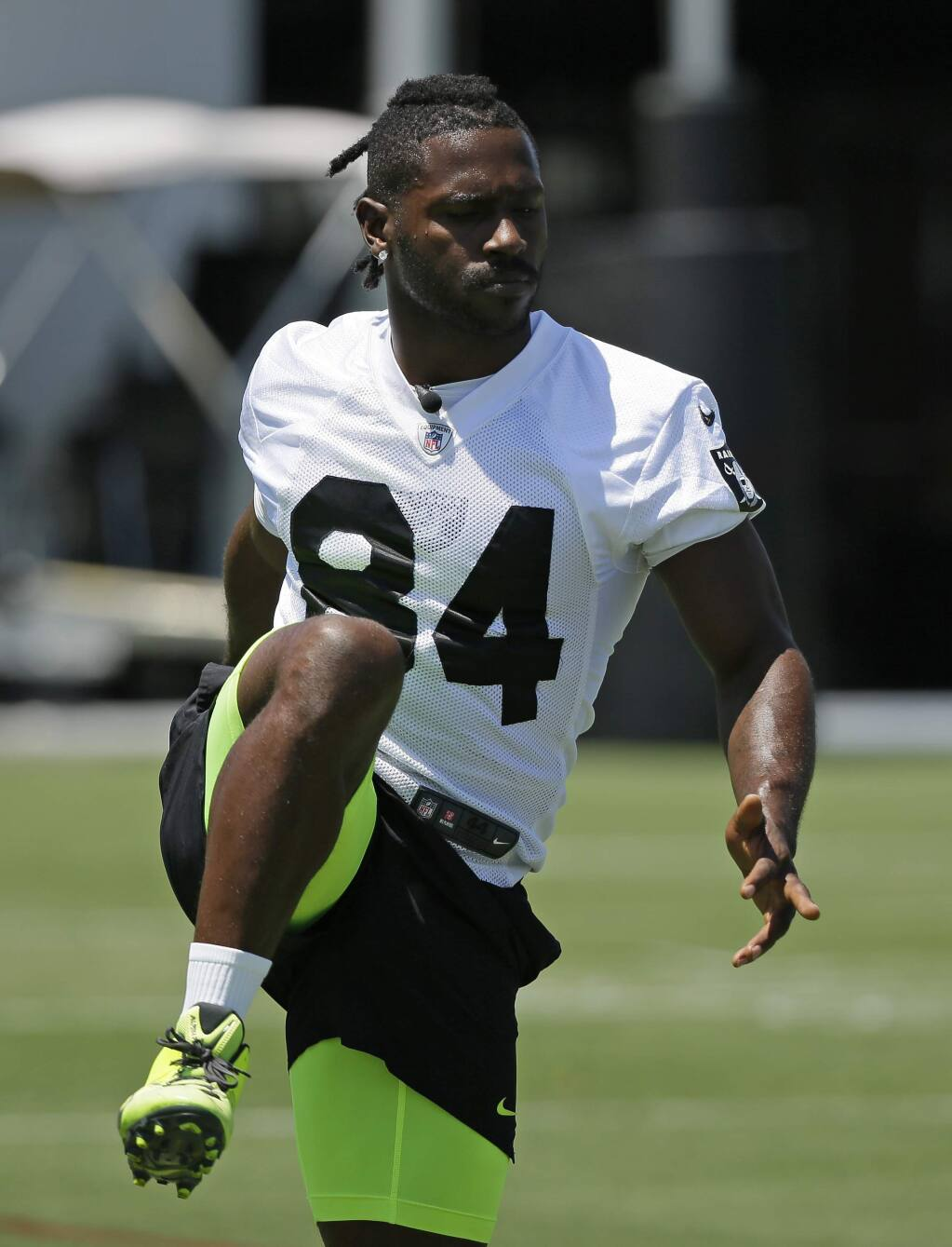 Oakland Raiders' Antonio Brown during NFL football minicamp Tuesday, June 11, 2019, in Alameda, Calif. (AP Photo/Eric Risberg)