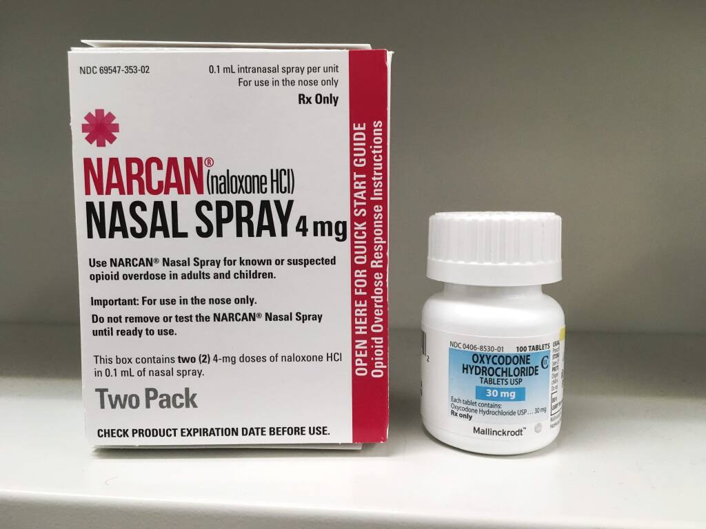 Narcan can prevent overdose from opioids like oxycodone. (Shutterstock)