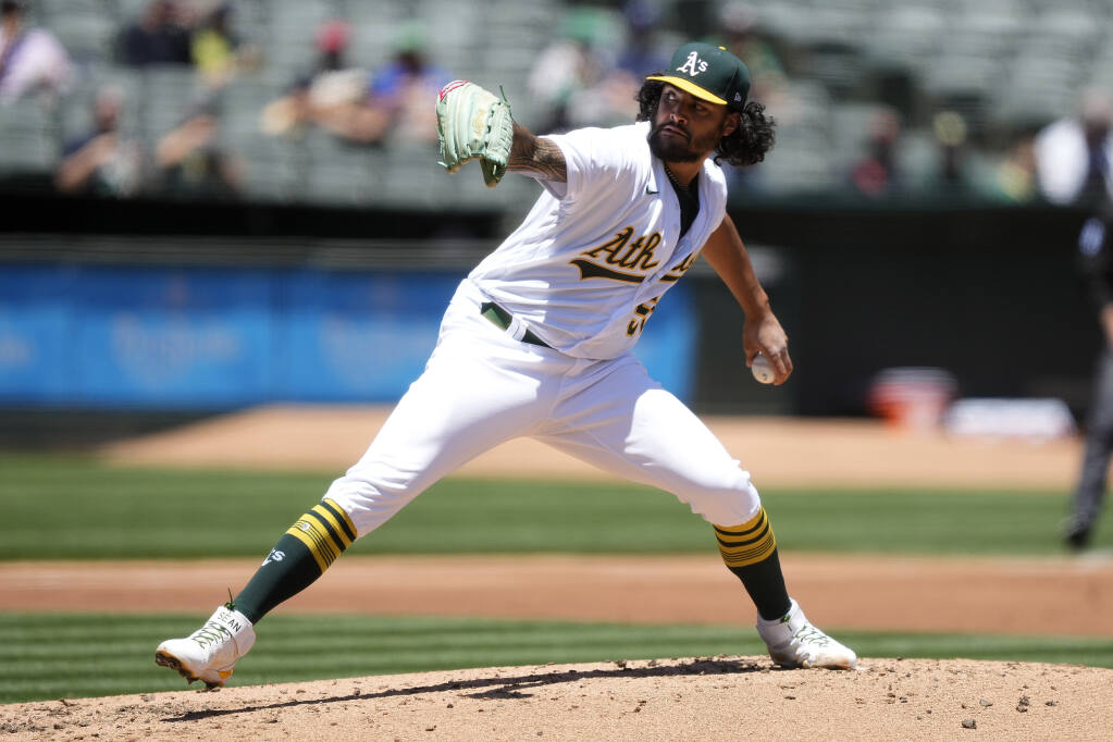 Oakland Athletics starting pitcher Sean Manaea delivers against the Arizona Diamondbacks during the second inning on Wednesday, June 9, 2021, in Oakland. (Tony Avelar / ASSOCIATED PRESS)