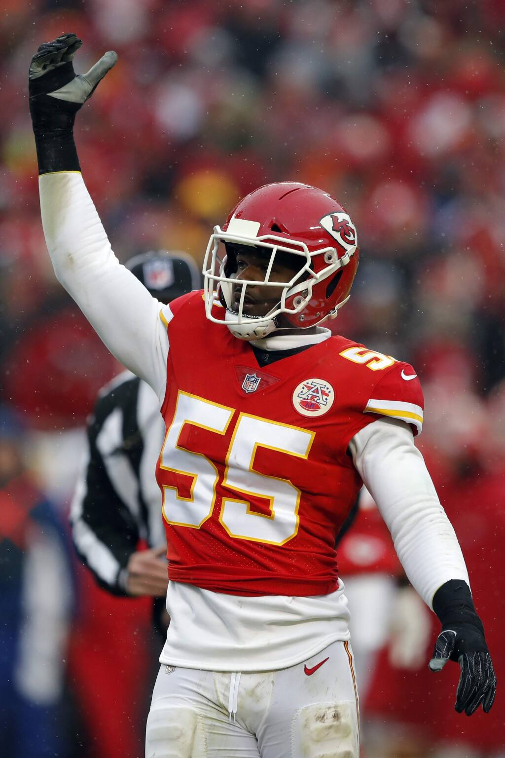 Kansas City Chiefs linebacker Dee Ford gestures during the first half of a divisional playoff game against the Indianapolis Colts in Kansas City, Mo., Saturday, Jan. 12, 2019. (AP Photo/Charlie Neibergall)