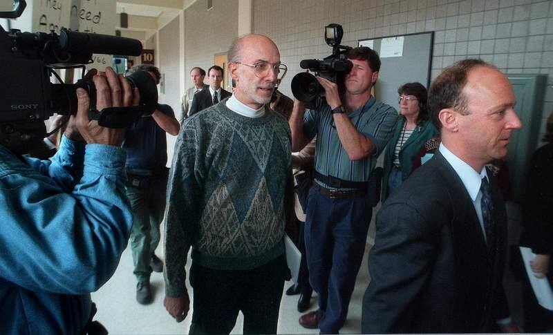 The Rev. Gary Timmons follows the lead of his attorney, Ted Cassman, as they enter municipal court Tuesday, March 12, 1996 at the Sonoma County Courthouse in Santa Rosa. (PD FILE)