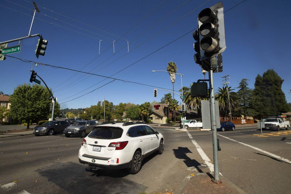 The intersection of Mission Boulevard and Montgomery Drive was a confusing jumble of cars without power for the signal lights on Wednesday. (John Burgess/The Press Democrat)