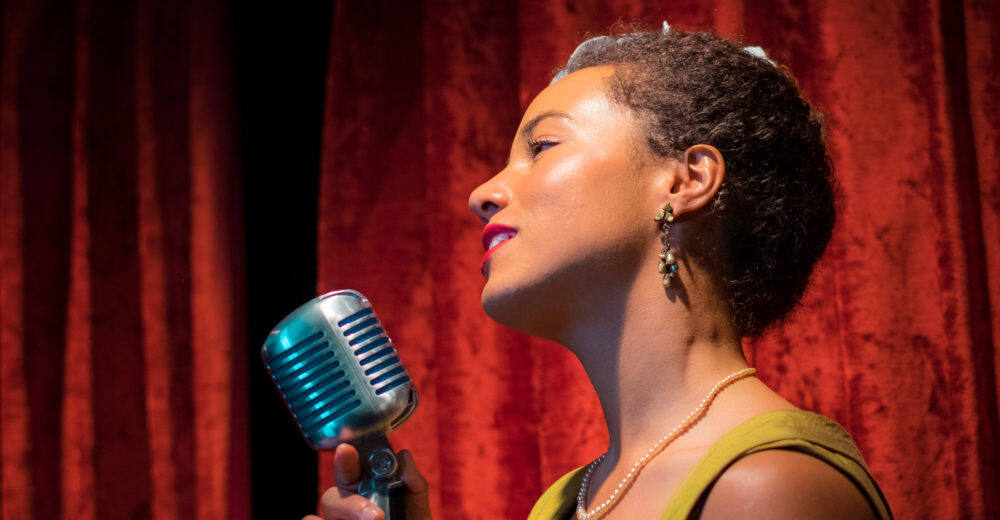 Stella Heath performing the music of Billie Holiday in her show The Billie Holiday Project.