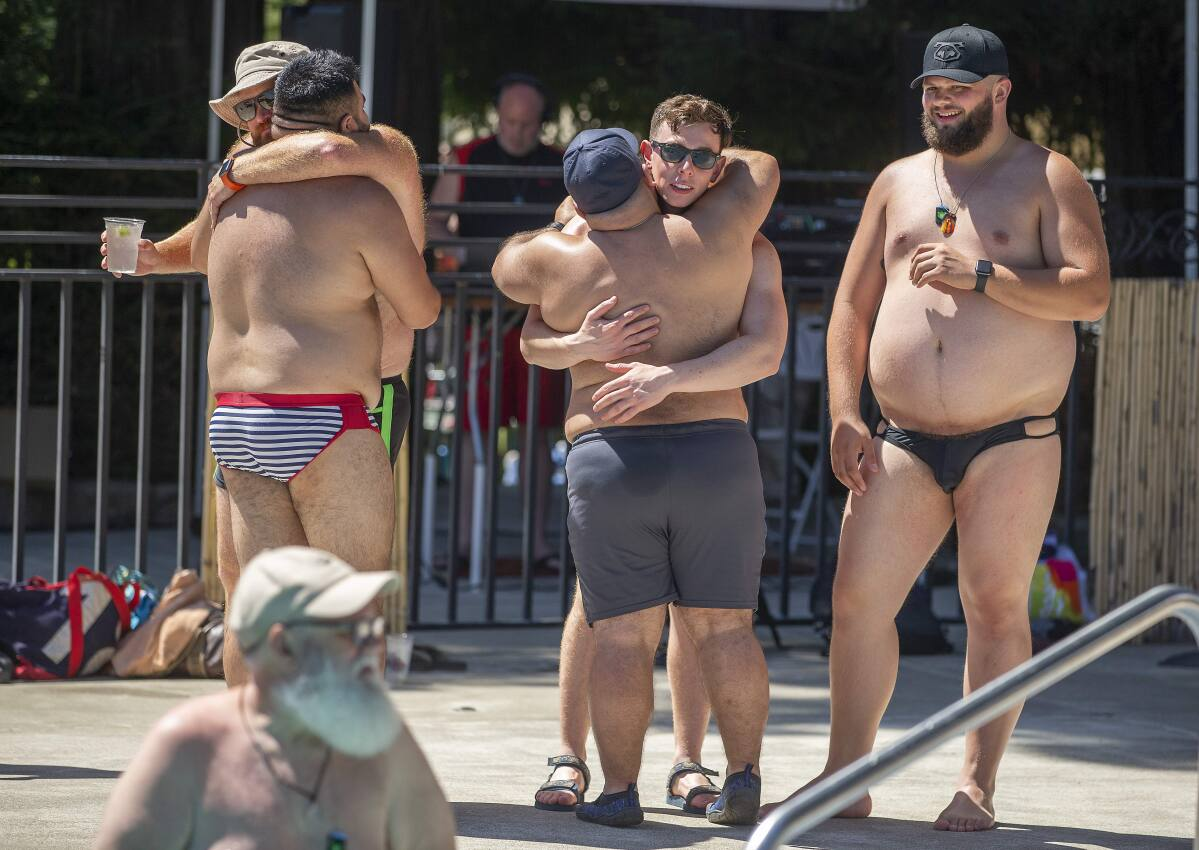 Men gay big bear MEN2MEN •