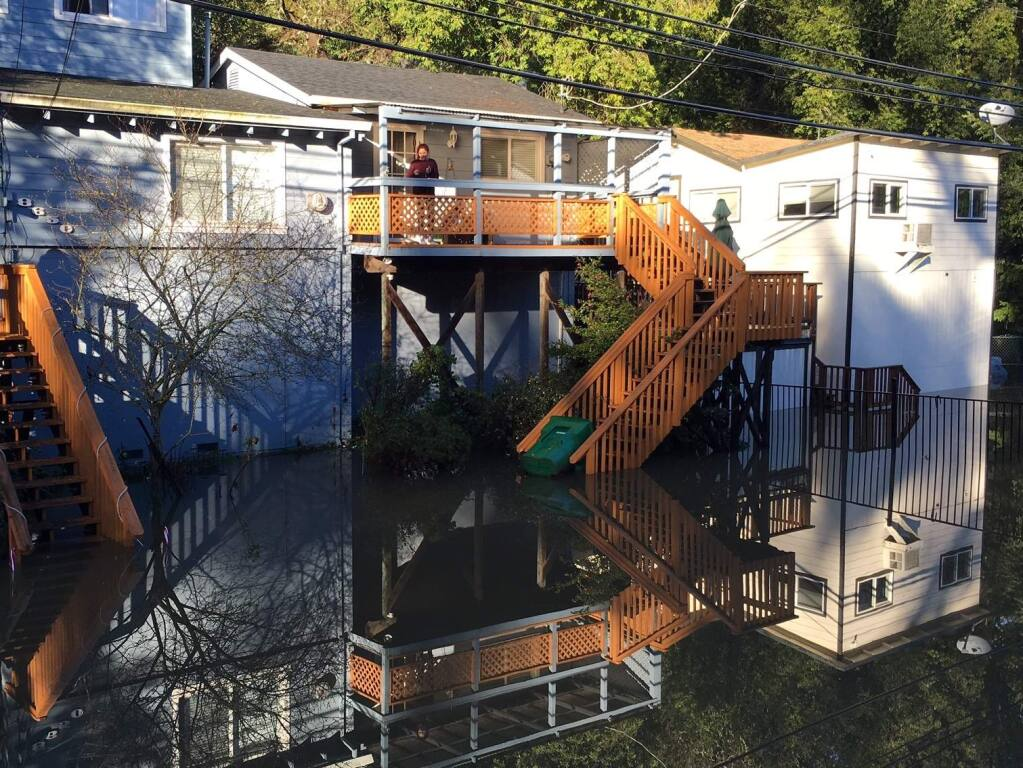 Flooding outside a home at Mirabel and River roads in Forestville on Wednesday, Jan. 11, 2017. (KENT PORTER/ PD)