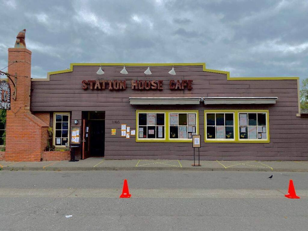The Station House Cafe was set to close in May after a 300% rent increase. Now, they're planning to move back into their original location. (Station House Cafe/Facebook)