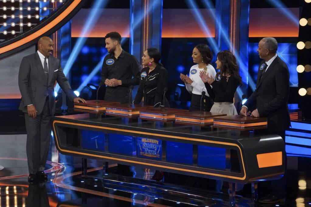 CELEBRITY FAMILY FEUD - 'Steph Curry vs. Chris Paul and Laurie Hernandez vs. Shawn Johnson East' - The celebrity teams competing to win cash for their charities feature NBA All-Star Chris Paul and NBA Champion Steph Curry. In a separate game, family members headed up by Olympic gymnasts Laurie Hernandez and Shawn Johnson East will compete on an all-new episode, SUNDAY, JUNE 24 (8:00-9:00 p.m. EDT), on The ABC Television Network. (ABC/Byron Cohen)STEVE HARVEY, STEPHEN CURRY, AYESHA CURRY, SYDEL CURRY, SONYA CURRY, WARDELL CURRY