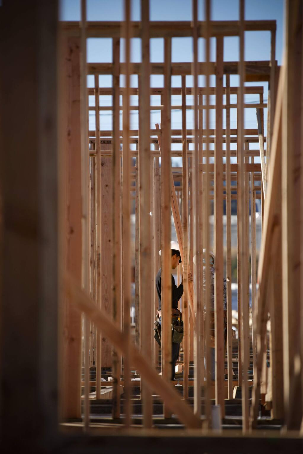 Petaluma, CA. Monday, October 23, 2017._As the housing market continues to tighten in the North Bay, construction at the Altura Apartments proceeds. They plan to include more affordable housing in Petaluma. (CRISSY PASCUAL/ARGUS-COURIER STAFF)