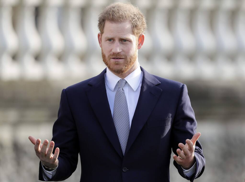 prince harry powerful media is why he s stepping away prince harry powerful media is why