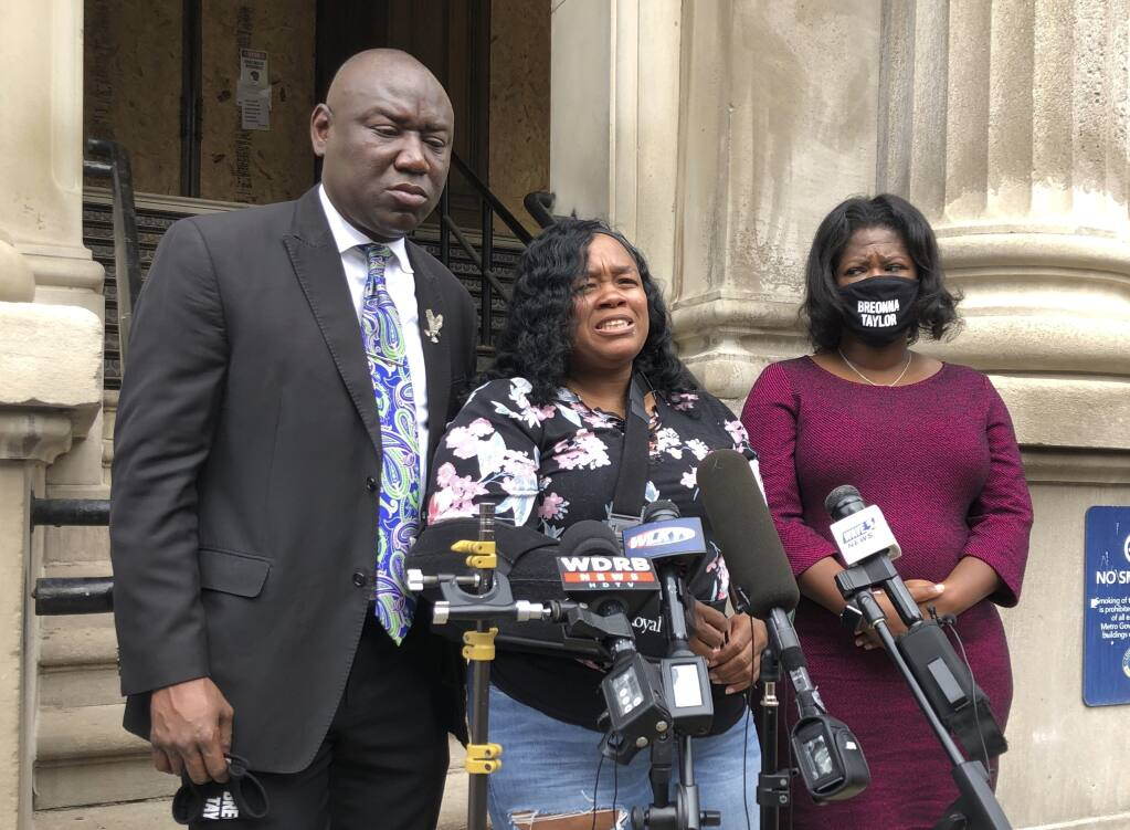 Louisville To Pay Millions To Breonna Taylor S Mom Reform Police