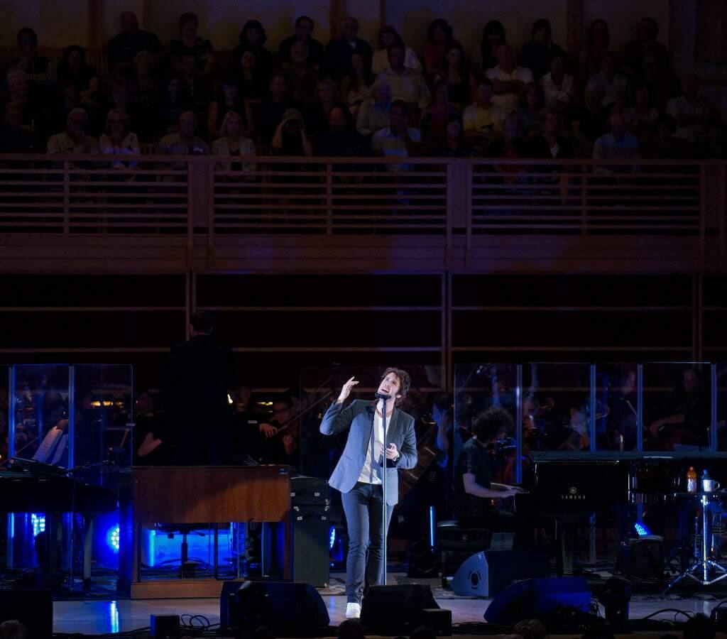Singer Josh Groban performs at the Green Music Center at Sonoma State University in Rohnert Park, Calif., on July 24, 2013. (ALVIN JORNADA/ PD)