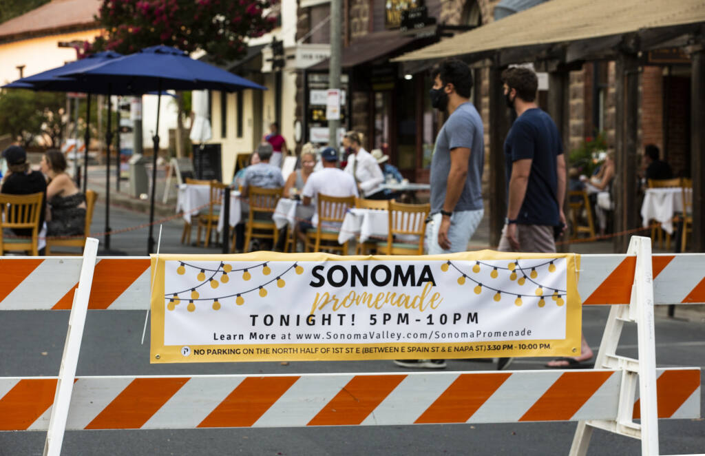 Sonoma Promenade, the city program to close a portion of First Street East to traffic and opening it up to pedestrians and diners on weekend evenings, got off to a good start on Friday, Aug. 21. (Photo by Robbi Pengelly / Index-Tribune)