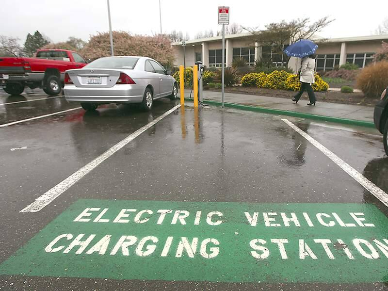 A charging station for electric vehicles sits empty, Tuesday March 27, 2012 at the Board of Supervisors at the county center in Santa Rosa. (Kent Porter / Press Democrat) 2012