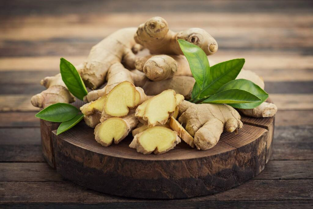 Ginger has a sweet, warm and slightly spicy scent; combined with vanilla, it's almost enough to make you swoon.