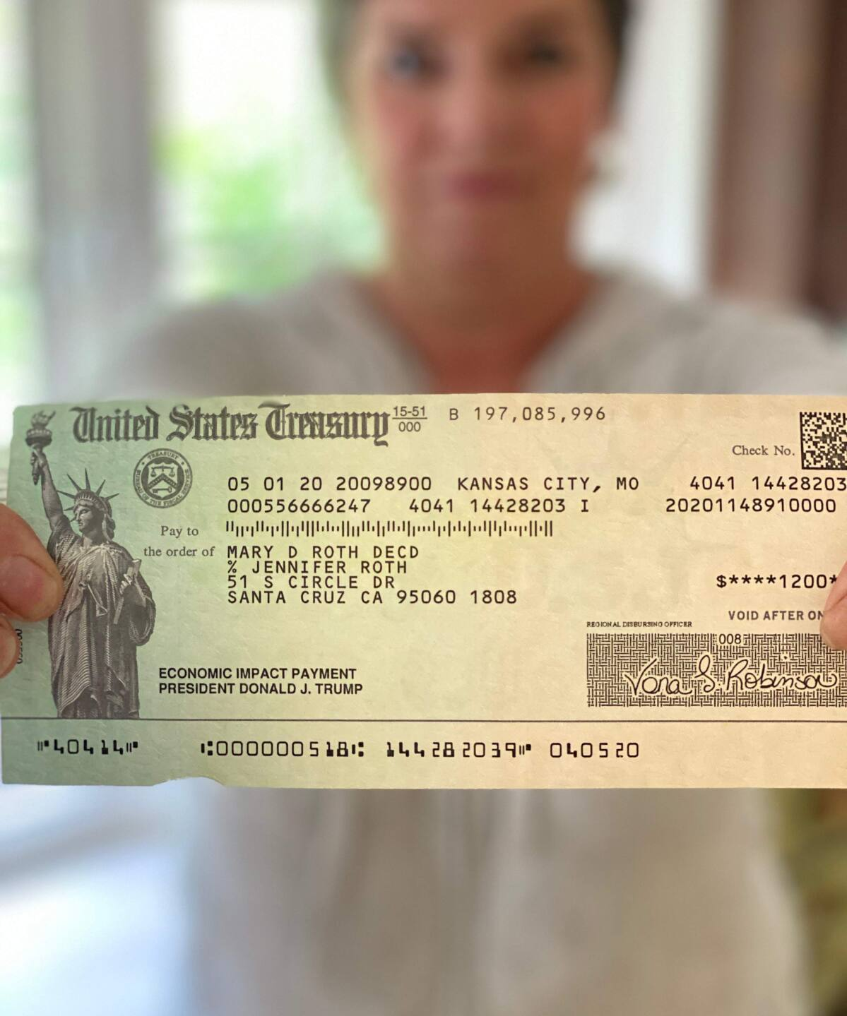 Dead Giveaway Irs Sending Stimulus Checks To Deceased