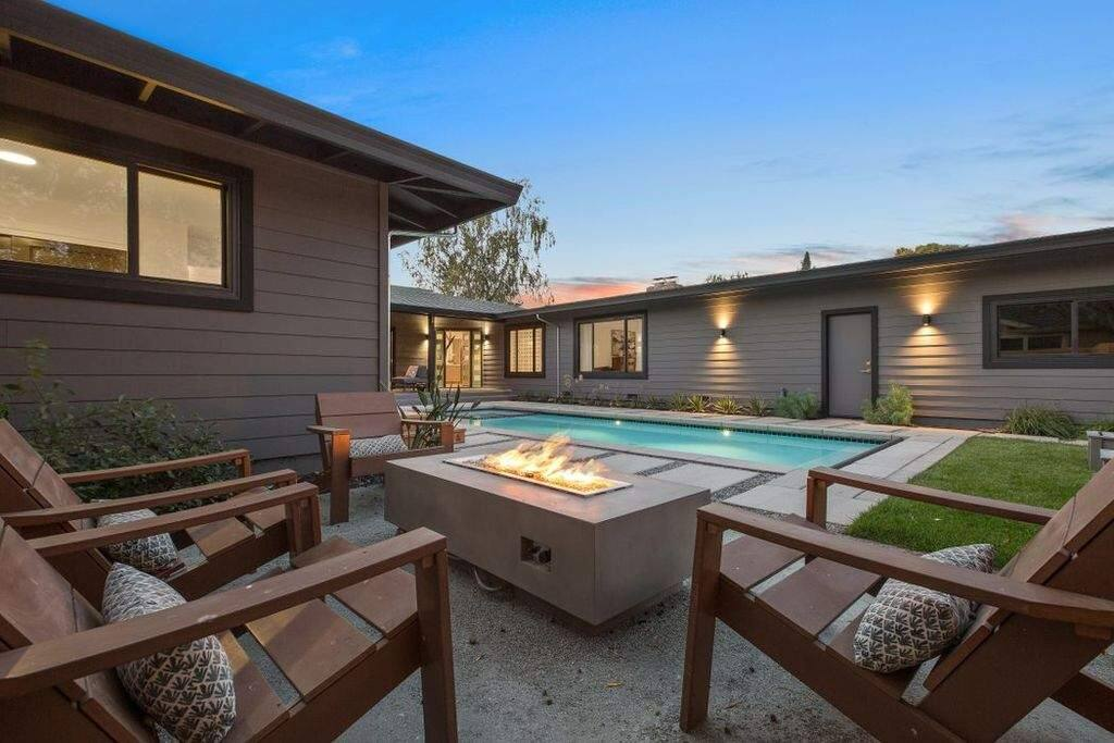 A fire-pit at 831 Virginia Court, Sonoma. Property listed by Bari Williams, Sotheby's International Realty, bariwilliams.com, 707-935-2288. (Courtesy of BAREIS MLS)
