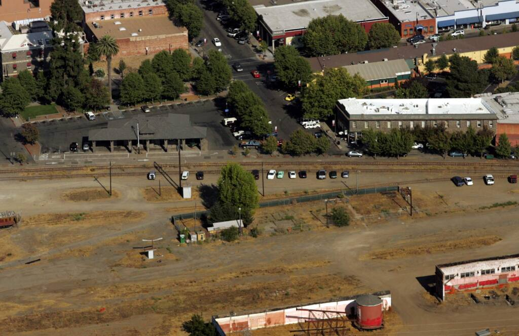 A 2006 aerial photo showing the land owned by SMART between Santa Rosa's Railroad Square station (top) and the Cannery building (bottom). (John Burgess / The Press Democrat)