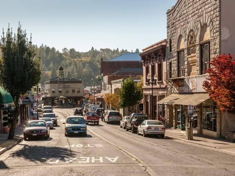 Placerville, California  (Laurens Hoddenbagh / Shutterstock)
