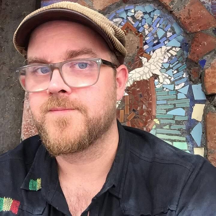 Sonoma son Dan Martin plays Hopmonk this weekend.