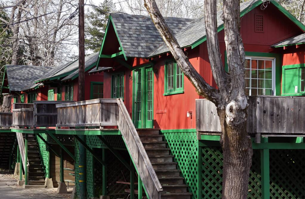 The sale of Johnson's Beach includes ten cabins on the property. (CHRISTOPHER CHUNG / PD)