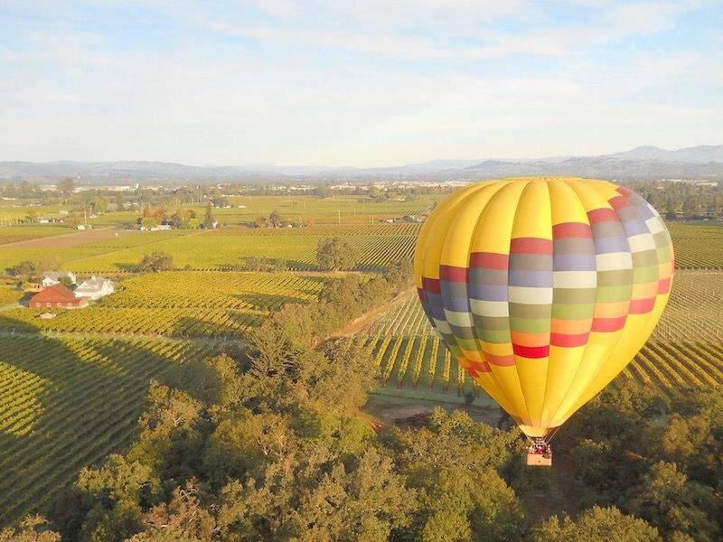 Balloon rides are a popular way to get a bird's eye view of Sonoma County. (Sonoma County Tourism)
