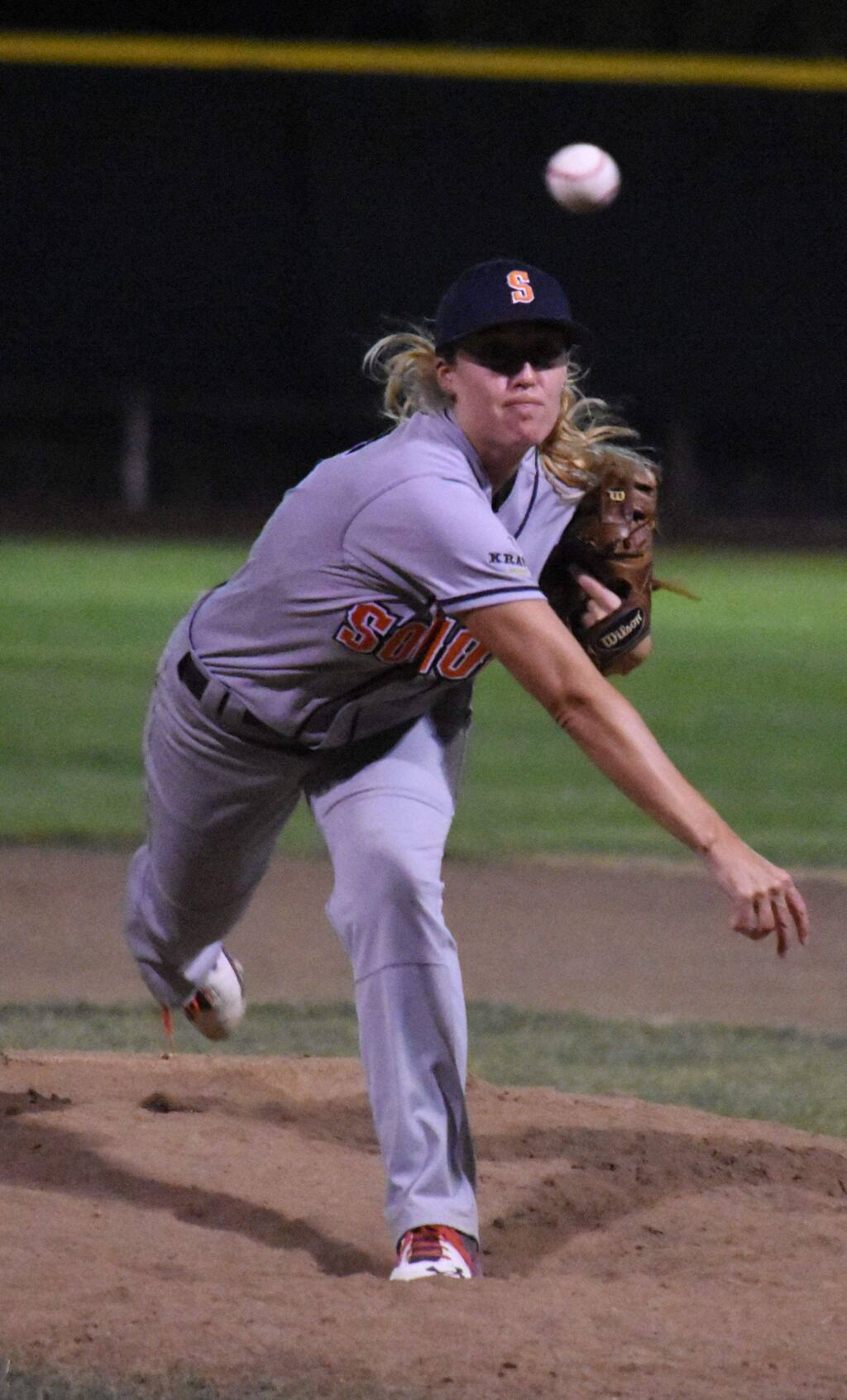 Sonoma Stompers pitcher Stacy Piagno. (James W. Toy III / Sonoma Stompers)