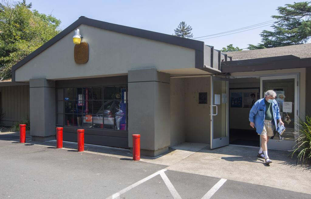 The Glen Ellen post office on Arnold Drive in Glen Ellen. (Photo by Robbi Pengelly/Index-Tribune)