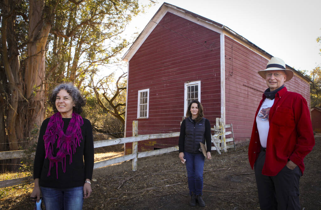 Greg Colvin (right), the director of the Extend Putnam Park organization in Petaluma meets with environmental attorney Tamara Galanter (left) and landscape architect Maggie Jensen at the historic Scott Ranch on D Street and Windsor. (CRISSY PASCUAL/ARGUS-COURIER STAFF)