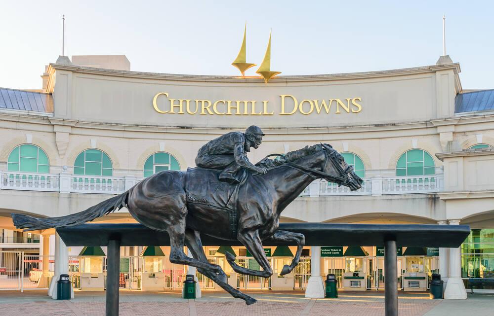 Entrance to Churchill Downs in Louisville, Kentucky, featuring a statue of 2006 Kentucky Derby Champion Barbaro. (Thomas Kelley / Shutterstock, 2016)
