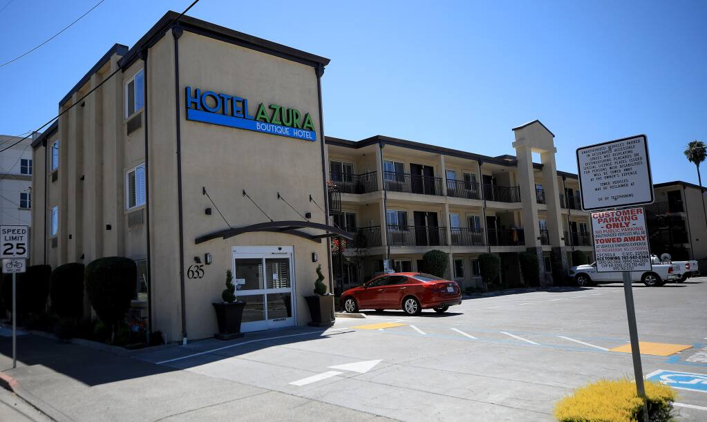 The county is exploring plans to buy the Hotel Azura in Santa Rosa as housing for homeless people. (KENT PORTER / The Press Democrat)